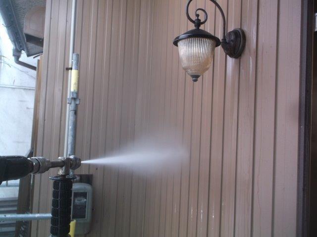 外壁トタン高圧洗浄