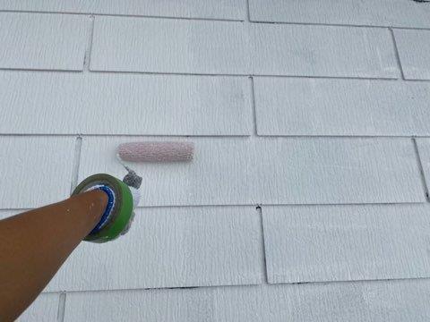 屋根カラーベスト下塗り二回目塗装状況