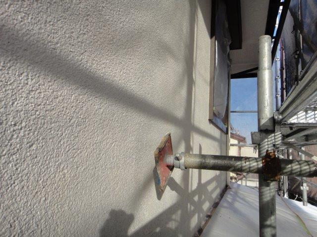 外壁サイディングの下塗り一回目塗装施工後