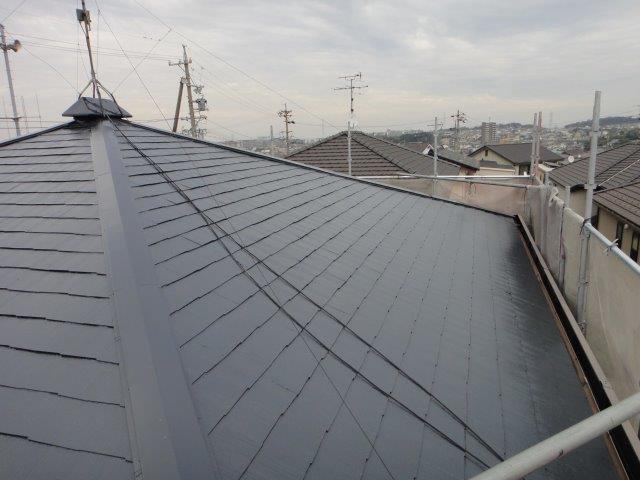 屋根塗装中塗り塗装施工後