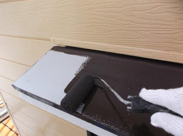 庇 中塗り塗装