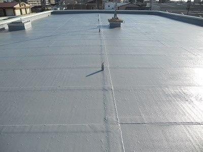 屋上防水トップコート塗装施工後