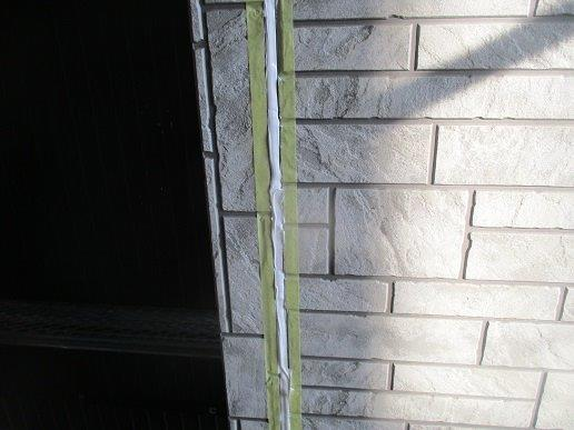 外壁サイディングの塗装前の目地のコーキング打替えコーキング打設完了