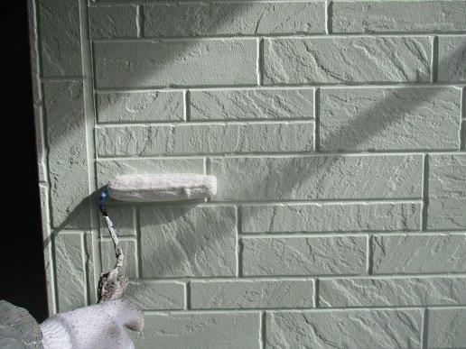外壁サイディングトップコート塗装状況