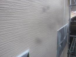 外壁サイデイング中塗り塗装完了