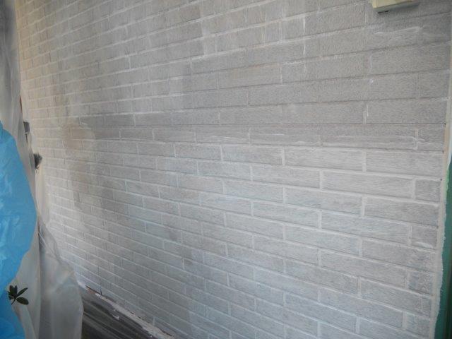外壁サイディング塗装下塗り塗装完了