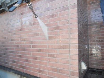外壁タイル調サイデイングクリアー塗装前高圧洗浄