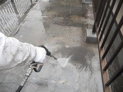 屋上陸屋根防水高圧洗浄状況