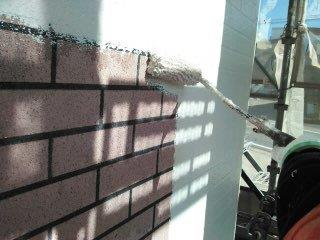 外壁ALC塗装タイル調塗装下塗り状況