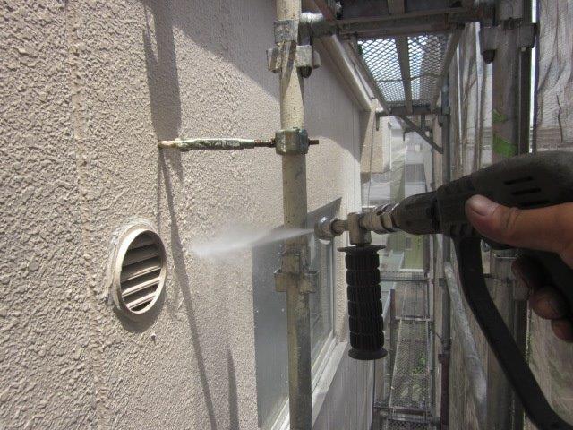 外壁ALC塗装前高圧洗浄状況