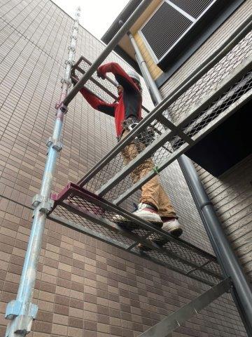 屋根塗装 外壁塗装足場仮設状況
