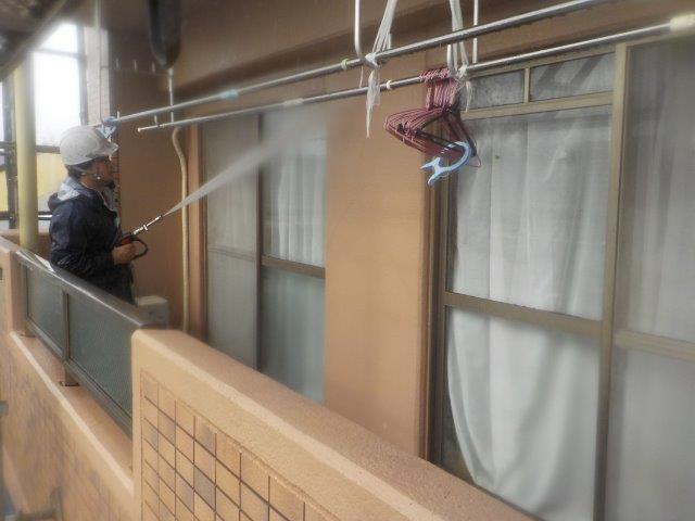 外壁モルタル面施工前