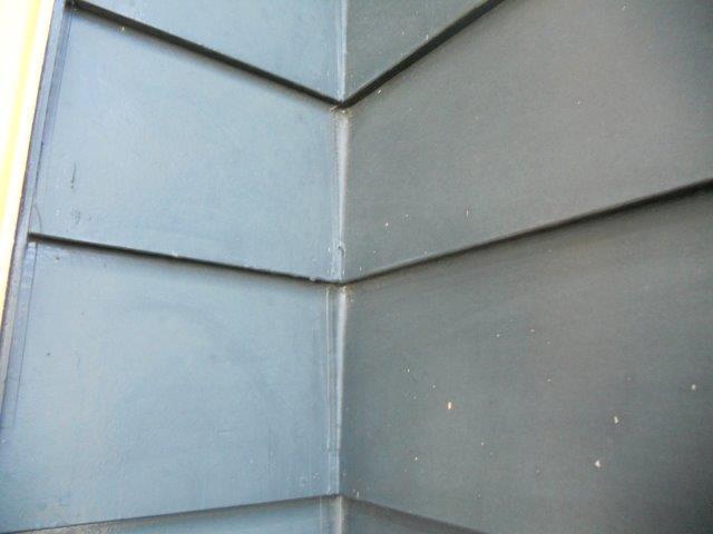 外壁板金塗装コーキング補修施工前
