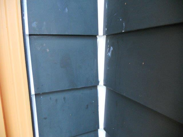 外壁板金塗装コーキング補修完了