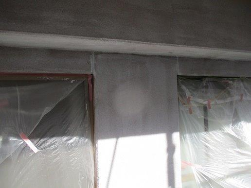 外壁モルタル面下塗り二層目塗装完了