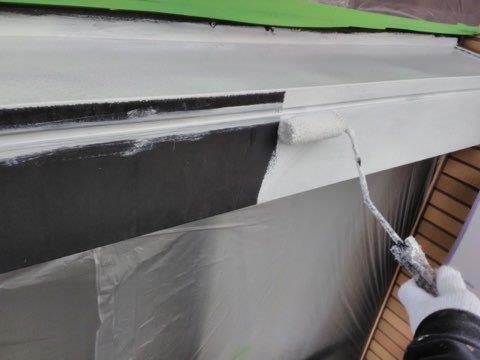 シャッターボックス塗装錆止め塗装状況