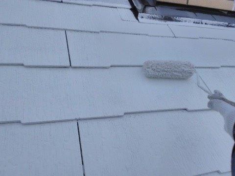 屋根塗装下塗り二層目塗装状況