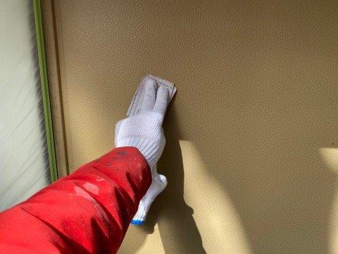 雨戸塗装素地調整状況