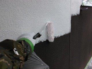外壁モルタル断熱塗装下塗り状況