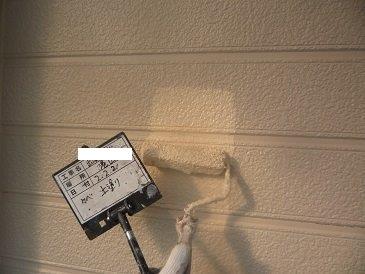 外壁サイディング塗装上塗り塗装状況