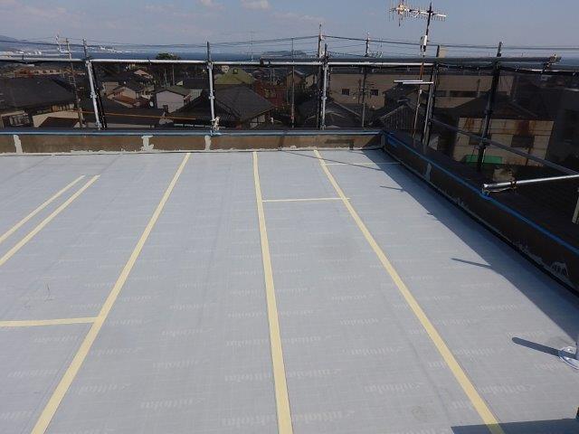 屋上ウレタン防水シート貼り完了