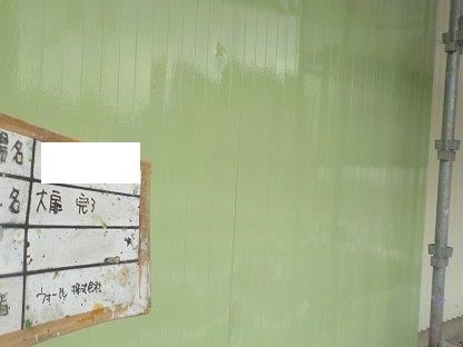 ハンガー扉(鉄扉)塗装上塗り二層目塗装完了