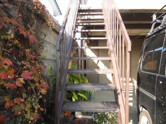 鉄骨階段塗装施工前
