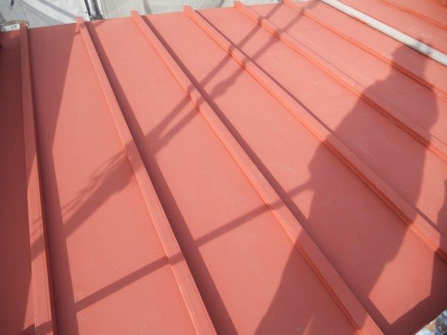屋根板金塗装錆止め塗装完了