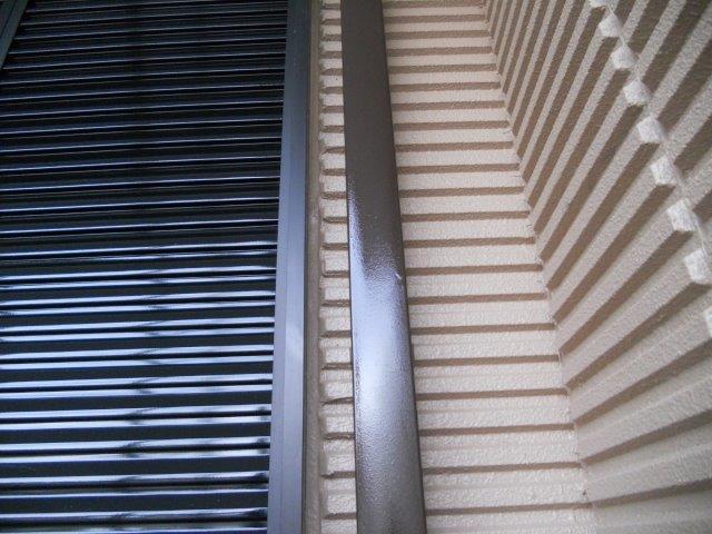 外壁付帯部雨樋塗装完了