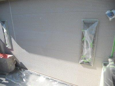 外壁サイディング断熱塗料塗装下塗り塗装完了