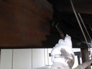 玄関木部専用塗料上塗り一層目塗装状況