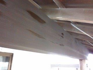 玄関木部上塗り専用塗料一層目塗装完了