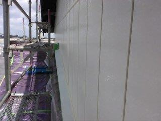 金属サイディング塗装下塗り塗装完了
