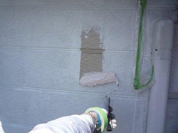 入壁サイディング塗装下塗り塗装状況