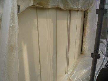 雨戸塗装上塗り二層目塗装完了