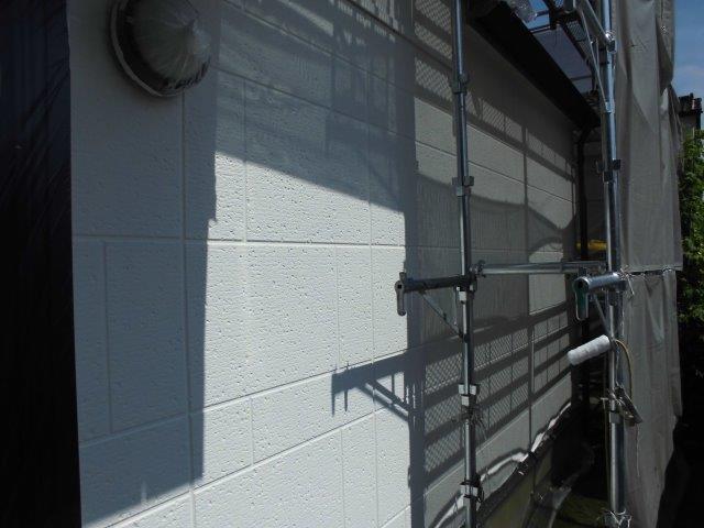 外壁ALCキルコ断熱塗料塗装一層目塗装完了