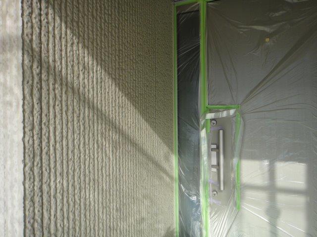 外壁サイディングフッ素塗料塗装下塗り一層目塗装完了