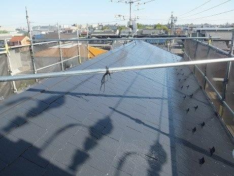 屋根カラーベスト遮熱フッ素塗装上塗り二層目塗装完了