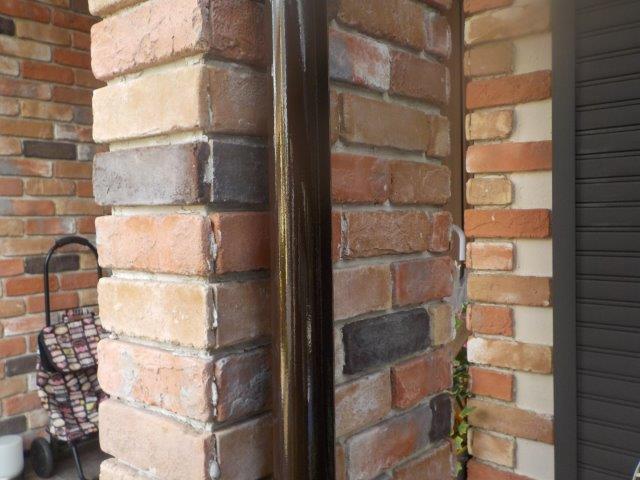 外壁付帯部雨樋塗装施工後