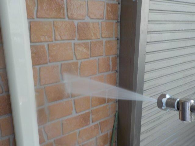 外壁タイル調外壁クリヤー塗装前高圧洗浄