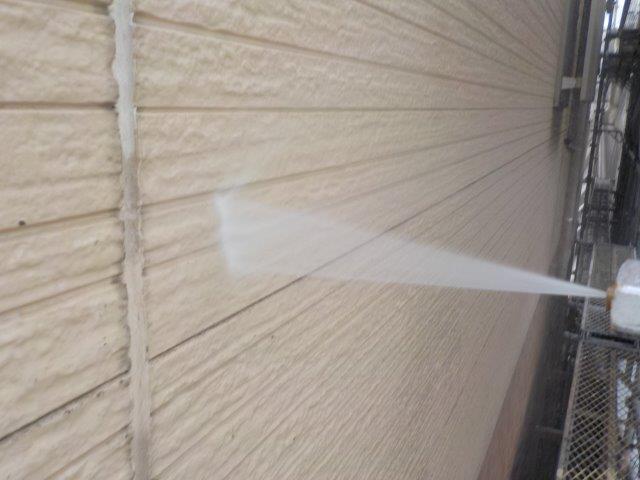 外壁サイディング塗装前高圧洗浄