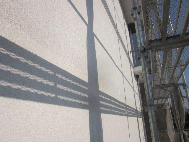外壁ALC塗装フッ素塗料塗装上塗り一層目塗装完了