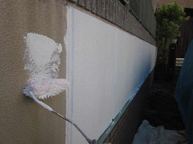外壁塗装下塗り二層目塗装zyouk