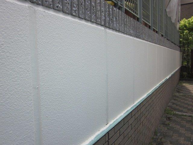 外塀塗装上塗り二層目塗装完了