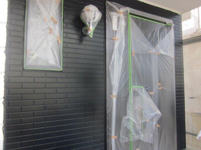 外壁タイル調サイデイング2色塗りフッ素塗料塗装目地色塗装完了