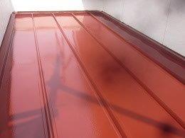 板金屋根遮熱フッ素塗料塗装上塗り一層目塗装完了