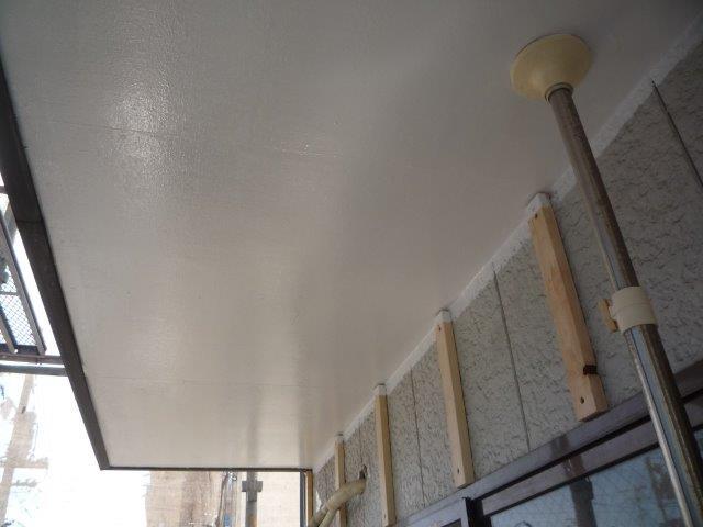 屋上防水塗装上塗り二層目塗装完了