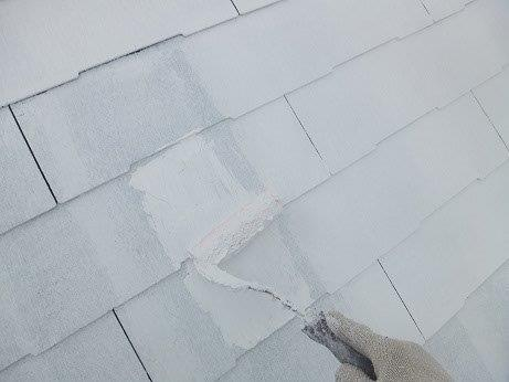 屋根キルコ遮断熱塗料主剤二層目塗装状況