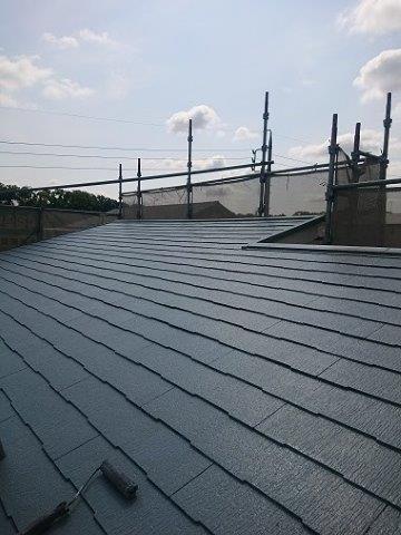 屋根キルコ遮断熱塗料遮熱塗料一層目塗装完了
