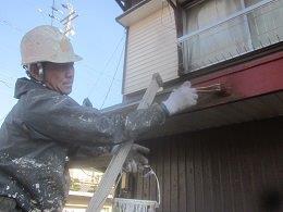 破風板塗装さび止め塗装状況
